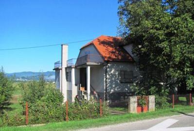 Dubravica-imanje sa obiteljskom kućom i gospodarskom zgradom na okućnici od 8078 m2-100.000,00 € ZAMJENA