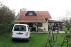 Vukovo Selo – kuća sa pomoćnim objektom na okućnici od 957 m2 37.000,00 €