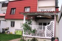 Zaprešić – kuća sa garažom prva u nizu – 139.000,00 € KOMPLETNO RENOVIRANA-
