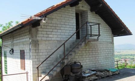 Šenkovec – kuća sa pomoćnom zgradom  GBP – 178,50 m2 – 65.000,00 €