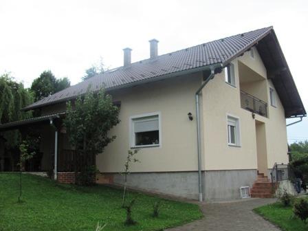Kuca – Brdovec – tlocrtna izgrađenost 154 m2 na okućnici od 721 m2 – 149.000,00 €+ visoko potkrovlje,180.000€