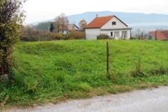 Pojatno- građevinsko zemljište 856 m2- 20.000,00 €