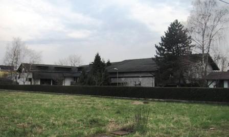 Zaprešić- stambeno-poslovni objekat i poslovni objekat cca 900 BRP na okućnici od 2302 m2-290.000,00 €