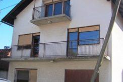 Zaprešić-uži centar- kuća sa pomoćnim obj. 140 m2 na okuć. 656 m2 79.000,00 €