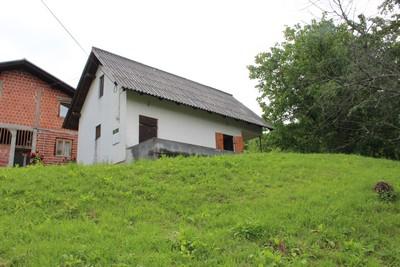 Donja Bistra, 66 m2,Vikend kuca na okucnici od 820.m2,Prodaja!!
