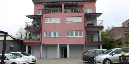 Stan: Zagreb (Stenjevec), 119.00 m2,V.Prizemlje sa vrtom i sjenicom!! (prodaja)