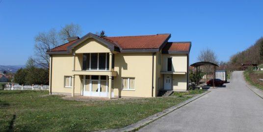 Poslovno stambena Kuća: Prigorje Brdovečko, 450.00 m2 (prodaja)